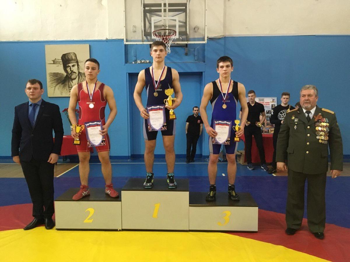 Первое место коломенских спортсменов на Всероссийском турнире по греко-римской борьбе