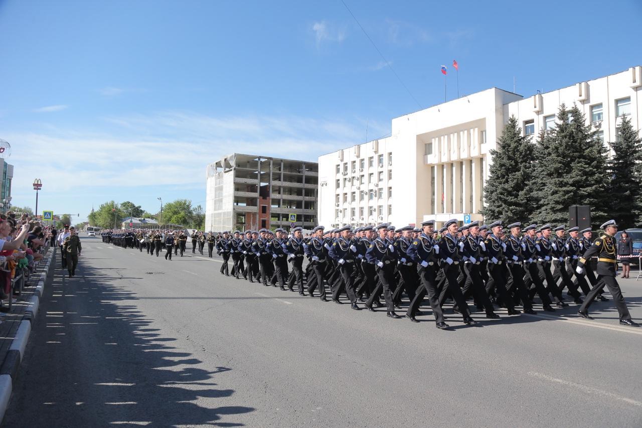 Встреча батальона курсантов участников Парада Победы