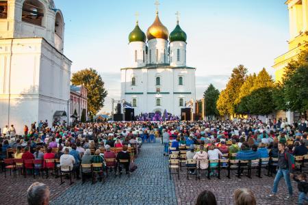 Легендарная опера «Алеко» прошла на Соборной площади Коломны