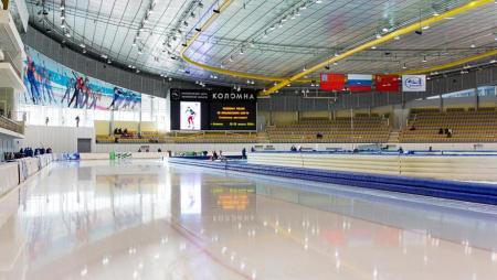 Лёд нового сезона залили в Конькобежном центре «Коломна»