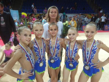 Коломенские гимнастки завоевали серебро на областном турнире