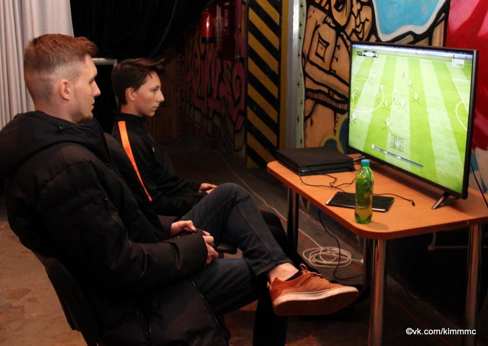 Геймеры Коломны сразились в FIFA-2018