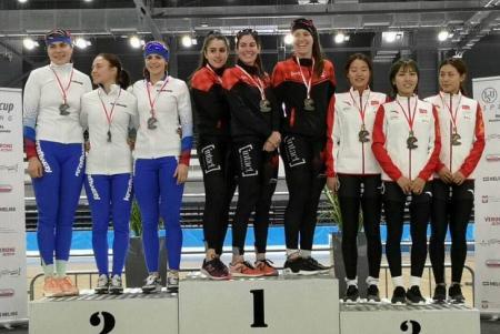 Коломенская конькобежка завоевала четыре медали на первом этапе юниорского Кубка мира