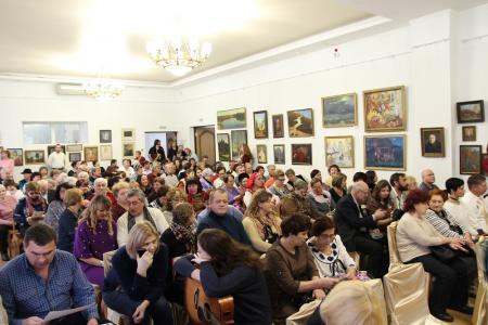 На фестивале песни и поэзии вспоминали Алексея Верного