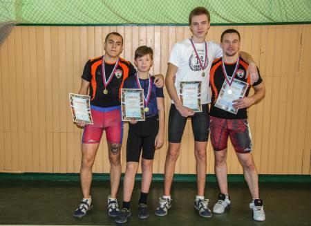 Коломенские гиревики успешно выступили на фестивале спорта