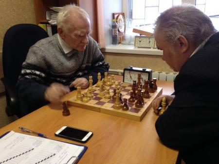 Турнир по шахматам состоялся в клубе инвалидов