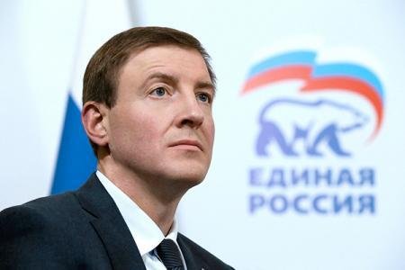 Андрей Турчак об ответственности членов «Единой России», обновлении рядов и партийной учёбе