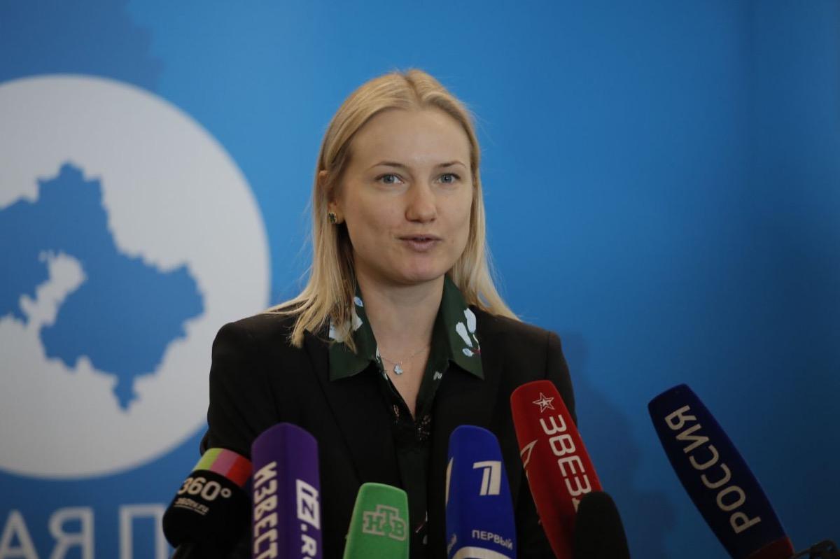 Севастопольский вальс станцевали порядка 20 000 человек в Подмосковье, Крыму и Севастополе