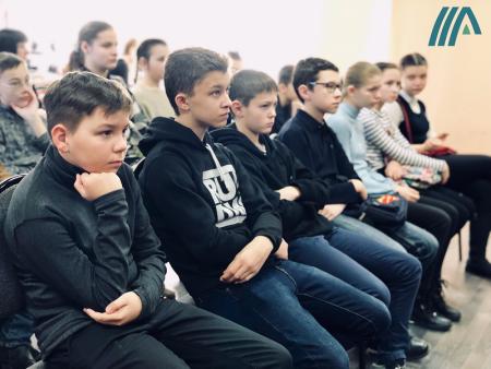 Программа «Дети войны» прошла для коломенских школьников в библиотеке