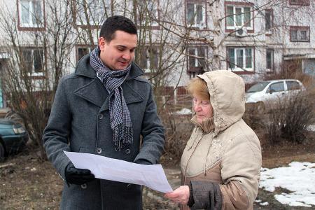 С жителями обсуждают проекты благоустройства дворов