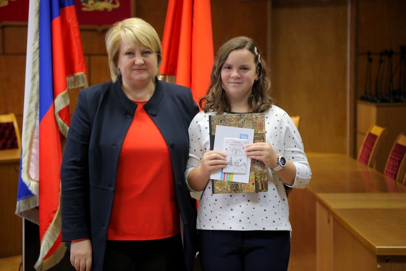 Новости Коломны   Школьники Коломны получили первые паспорта из рук замглавы округа Фото (Коломна)   iz zhizni kolomnyi