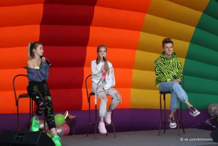Коломенские звезды YouTube встретились с фанатами