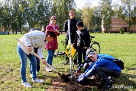 Коломенцы поддержали акцию «Наш лес. Посади свое дерево»