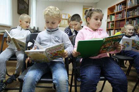 Библиотека посёлка Сергиевского стала победителем конкурса в рамках федерального проекта