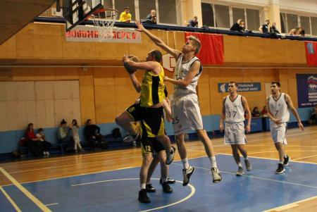 Мужская команда КБМ стала победителем городского турнира по баскетболу