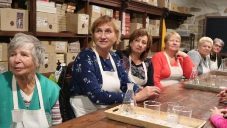 Участники проекта «Активное долголетие в Подмосковье» посетили музей и мануфактуру «Душистыя радости»