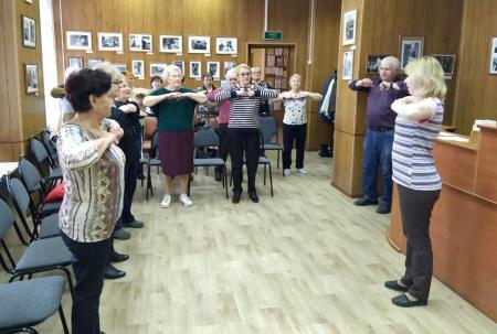 Открытое занятие по дыхательной гимнастике прошло в Коломне для пенсионеров