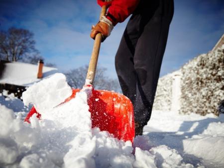 Новое приложение по контролю уборки снега во дворах заработало в Подмосковье