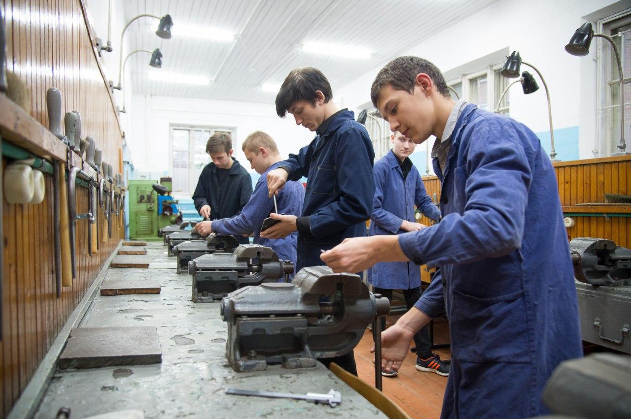 Средства из областного бюджета улучшат материально-техническую базу коломенской школы «Надежда»