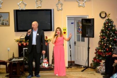 Новогодняя музыкальная программа прошла дял проживающих в доме-интернате