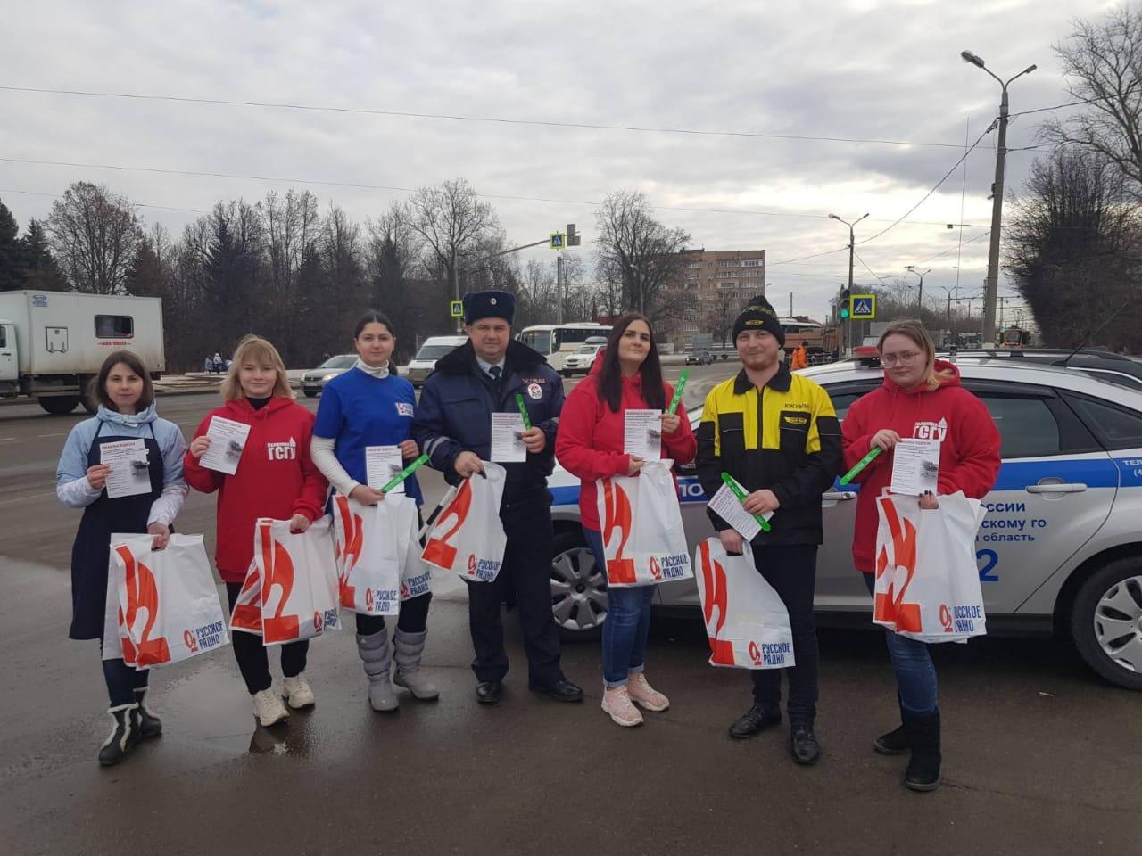 Новости Коломны   Коломенских водителей поздравили с праздником Фото (Коломна)   iz zhizni kolomnyi