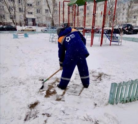 В праздничный день коммунальные службы Коломенского городского округа вышли на уборку снега