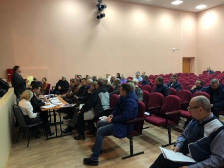 Главврач Коломенской ЦРБ Олег Митин рассказал сельским жителям о новой поликлинике в микрорайоне Подлипки