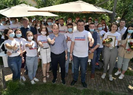 В День молодежи молодогвардейцы Московской области встретились с И. Ю. Брынцаловым и Д. Ю. Лебедевым