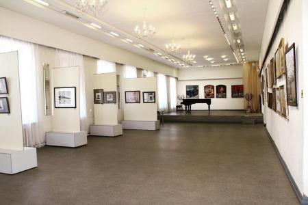 В культурном центре «Дом Озерова» откроют выставку рязанских художников