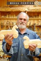 В «Школе ремёсел» пройдет виртуальная выставка мастера деревянных изделий