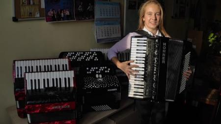 В коломенскую музыкальную школу поступили новые баяны и аккордеоны