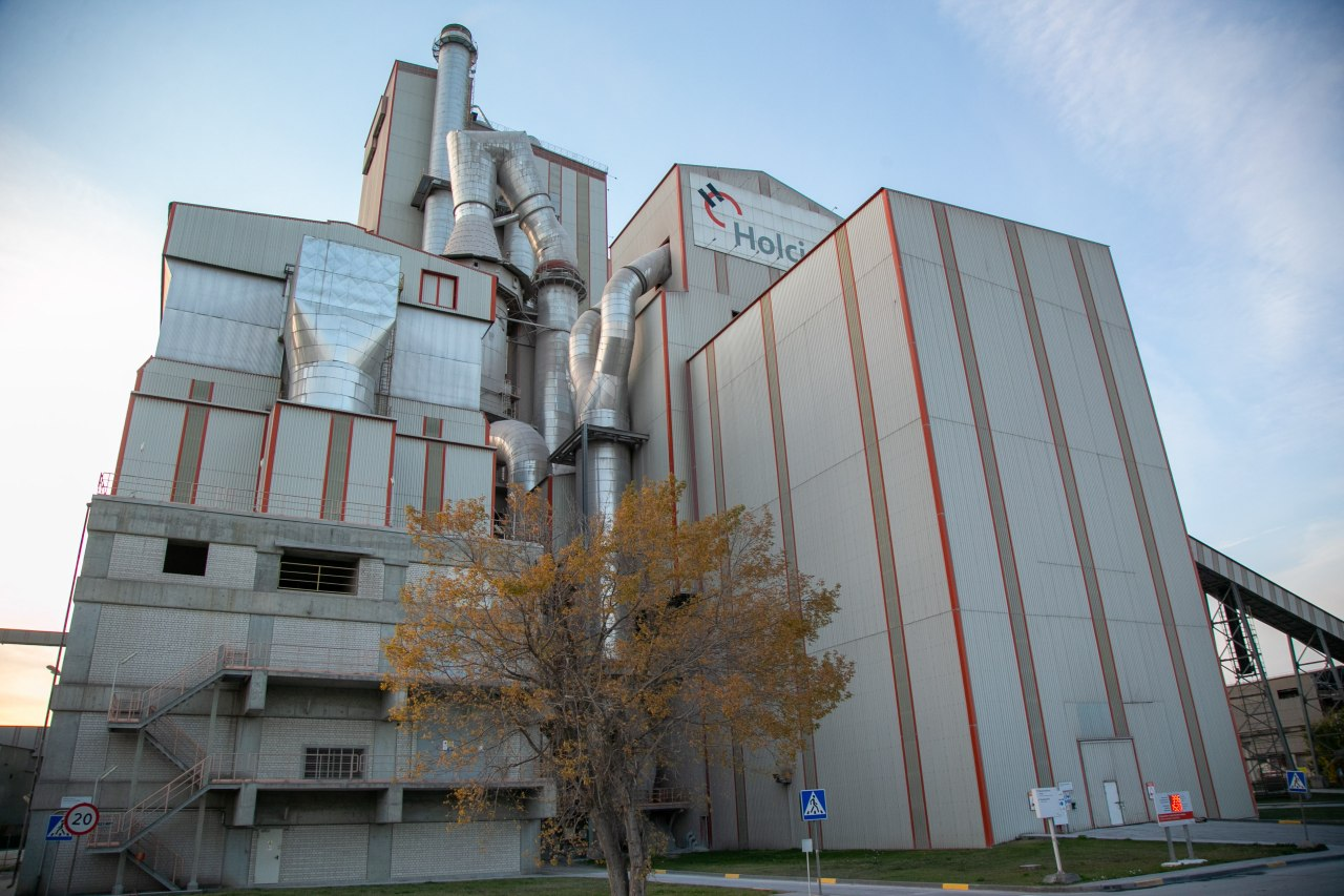 Цементный завод в Щурово посетил замруководителя минэкологии региона