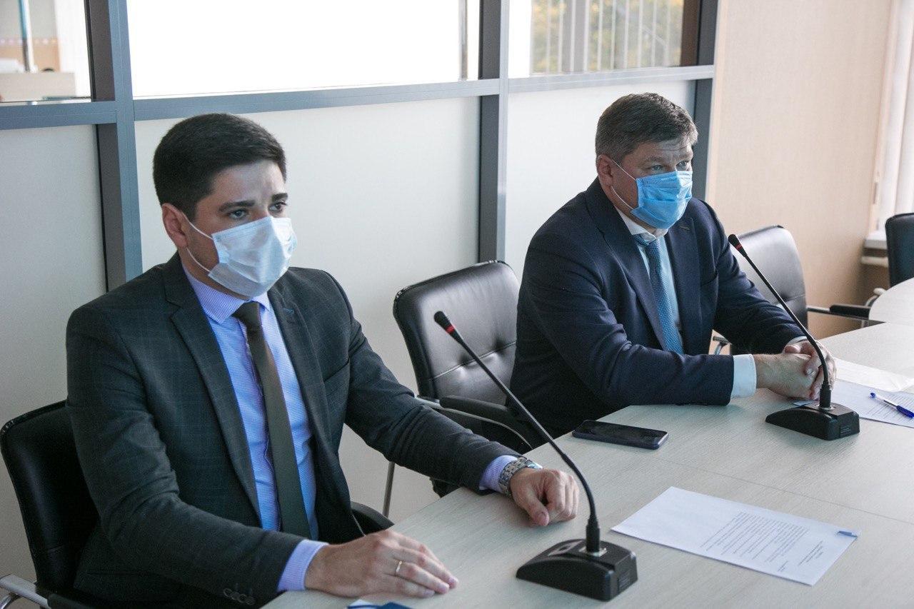 Денис Лебедев провел внеплановый Совет директоров