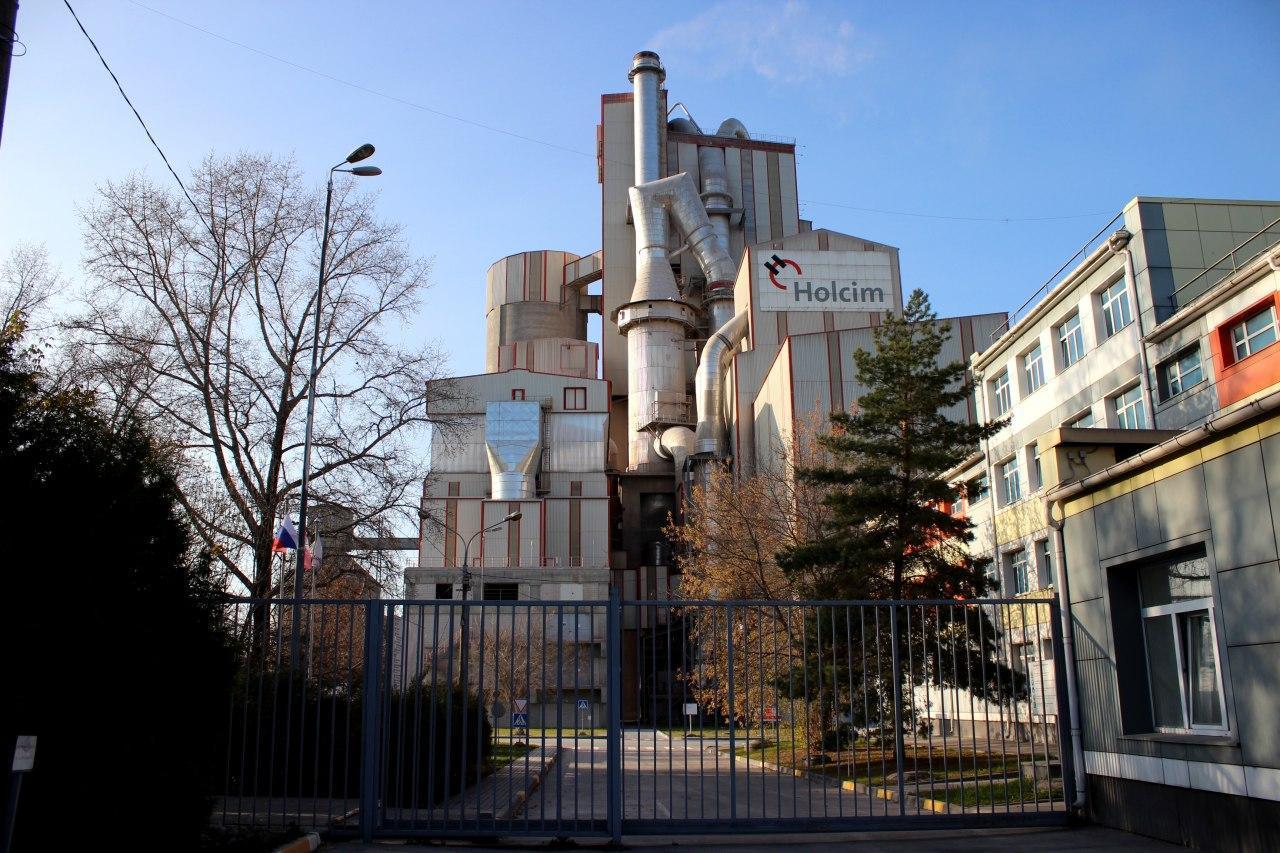 Работу цементного завода в Щурово обсудили с жителями микрорайона