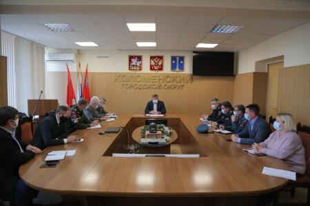 Профилактические мероприятия по борьбе с коронавирусной инфекцией обсудили в администрации округа