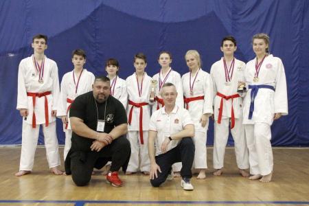 Коломенские каратисты привезли домой 30 медалей из Лобни