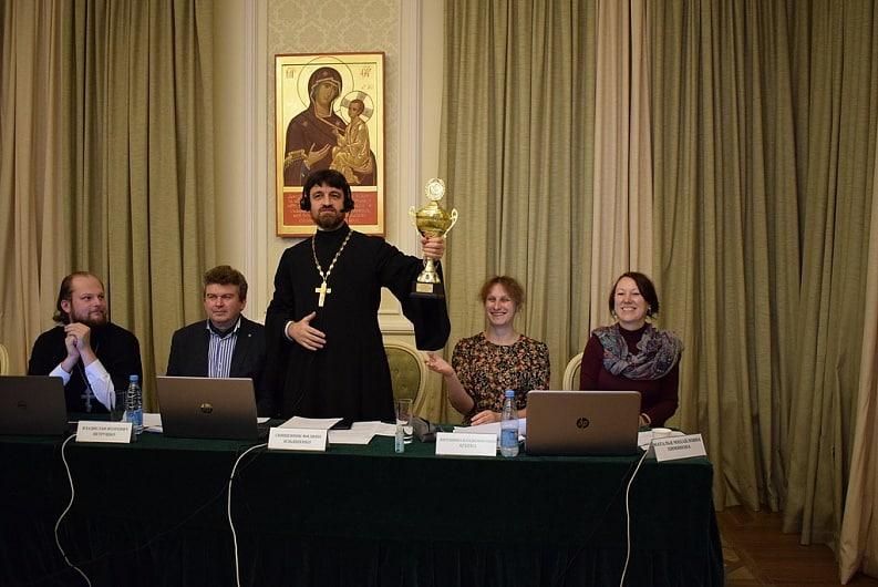 Студенты Коломенской духовной семинарии поучаствовали в интеллектуальном турнире