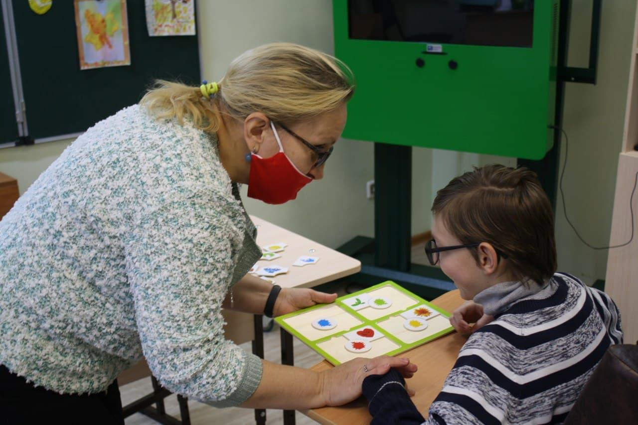 Педагоги инклюзивного детского клуба «Кудрявый ёжик» продвигают свой опыт, участвуя в конкурсах и проектах
