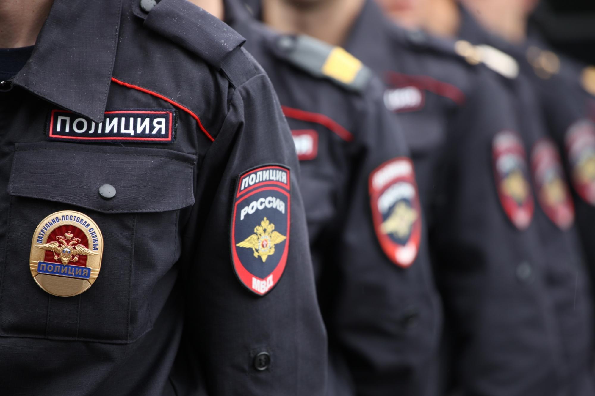 Коломенские полицейские задержали подозреваемых в краже из квартиры пенсионера