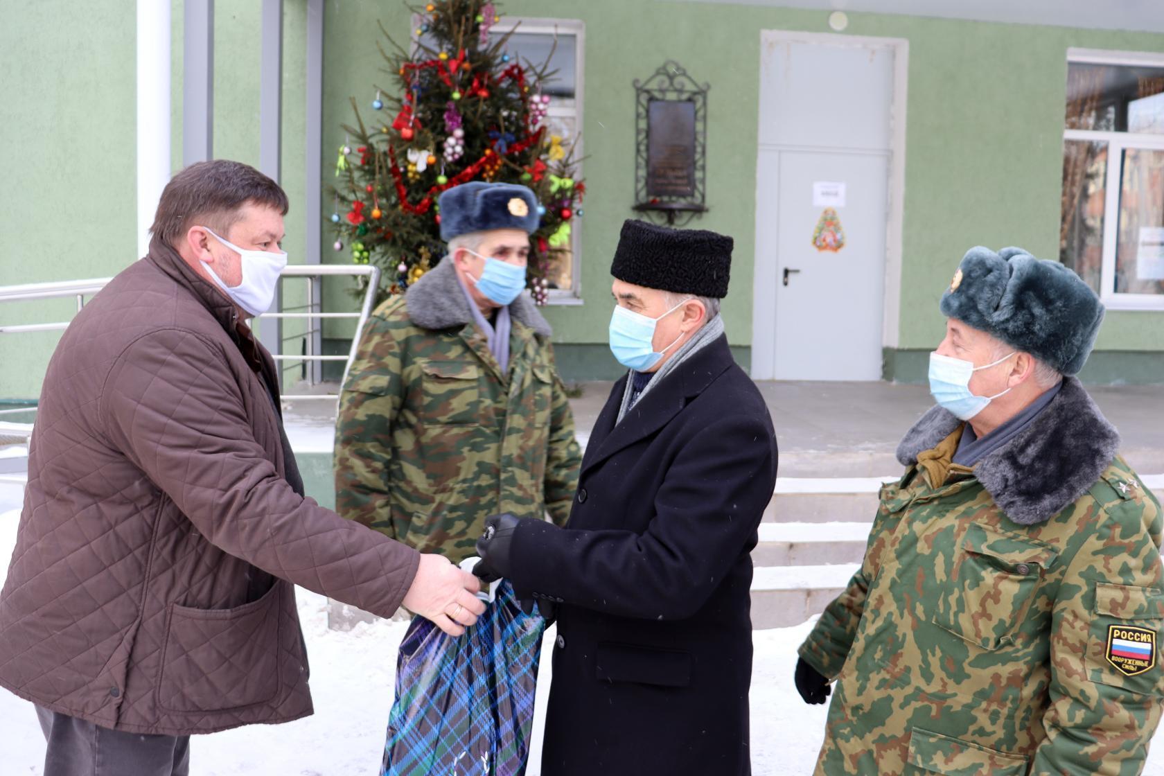 В Коломенскую ЦРБ передали подарки в рамках акции «Лови гранат»