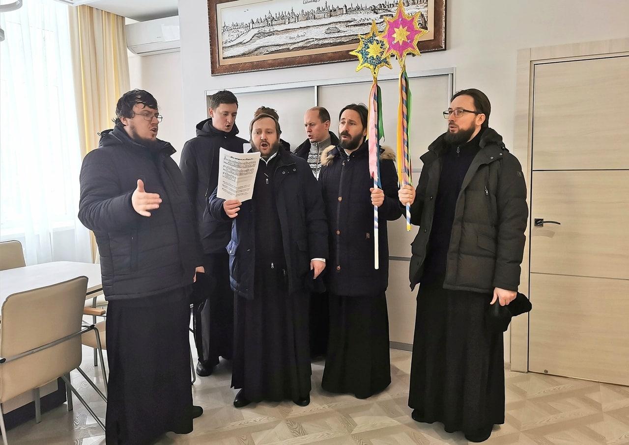 Представители Коломенского благочиния посетили с колядками ГСГУ