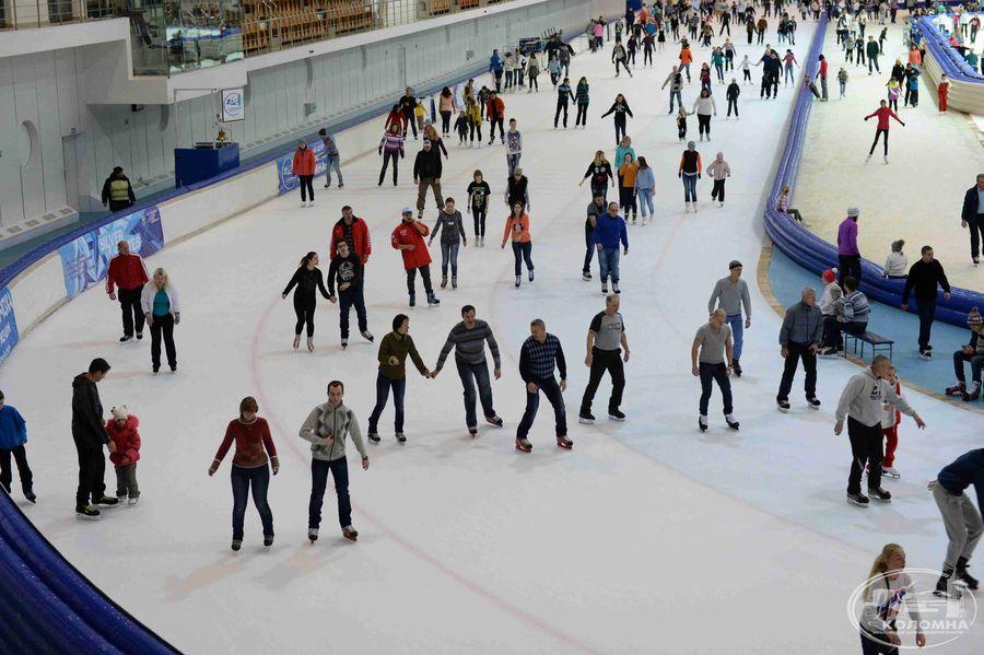 В конькобежном центре « Коломна» возобновляют сеансы массовых катаний