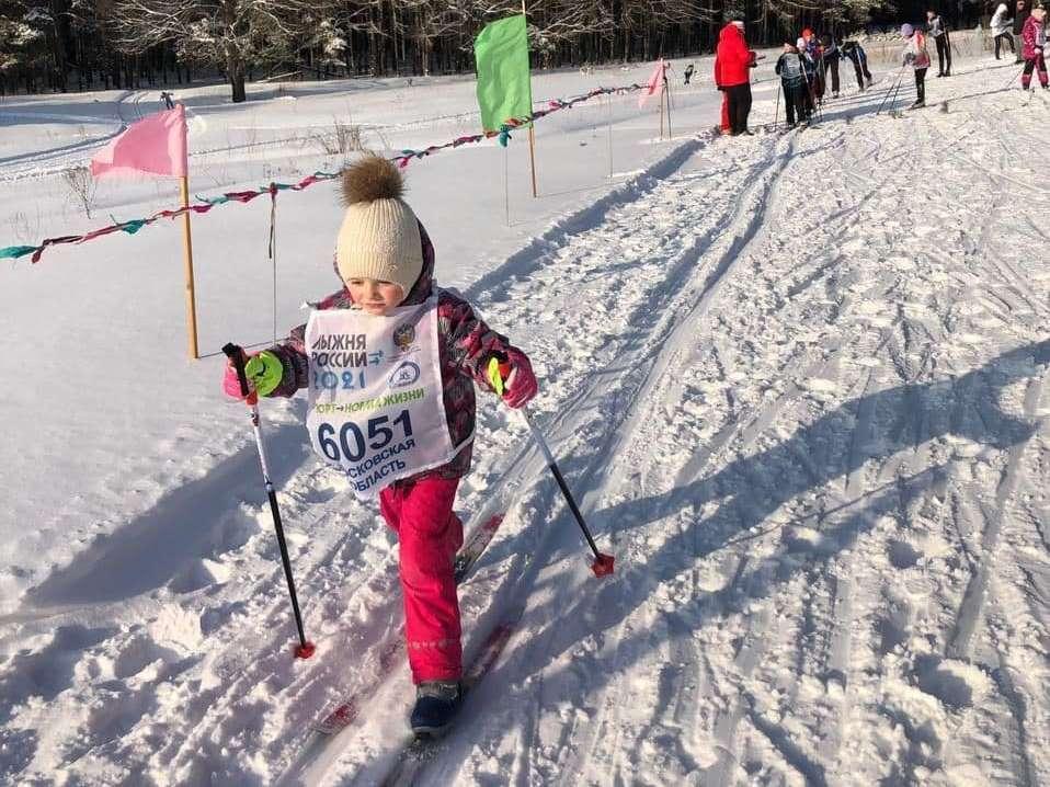 Февральская лыжня определила победителей в Озёрах