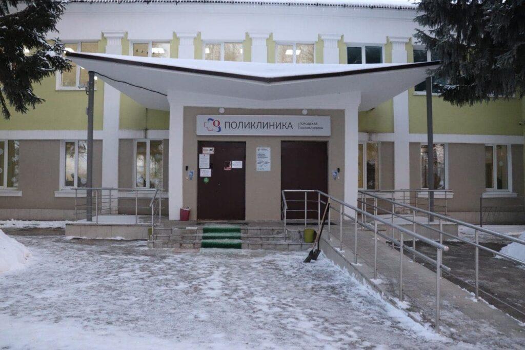 Более 4,5 тыс. человек обратились за медпомощью в горполиклинику Озёрской ЦРБ с начала февраля