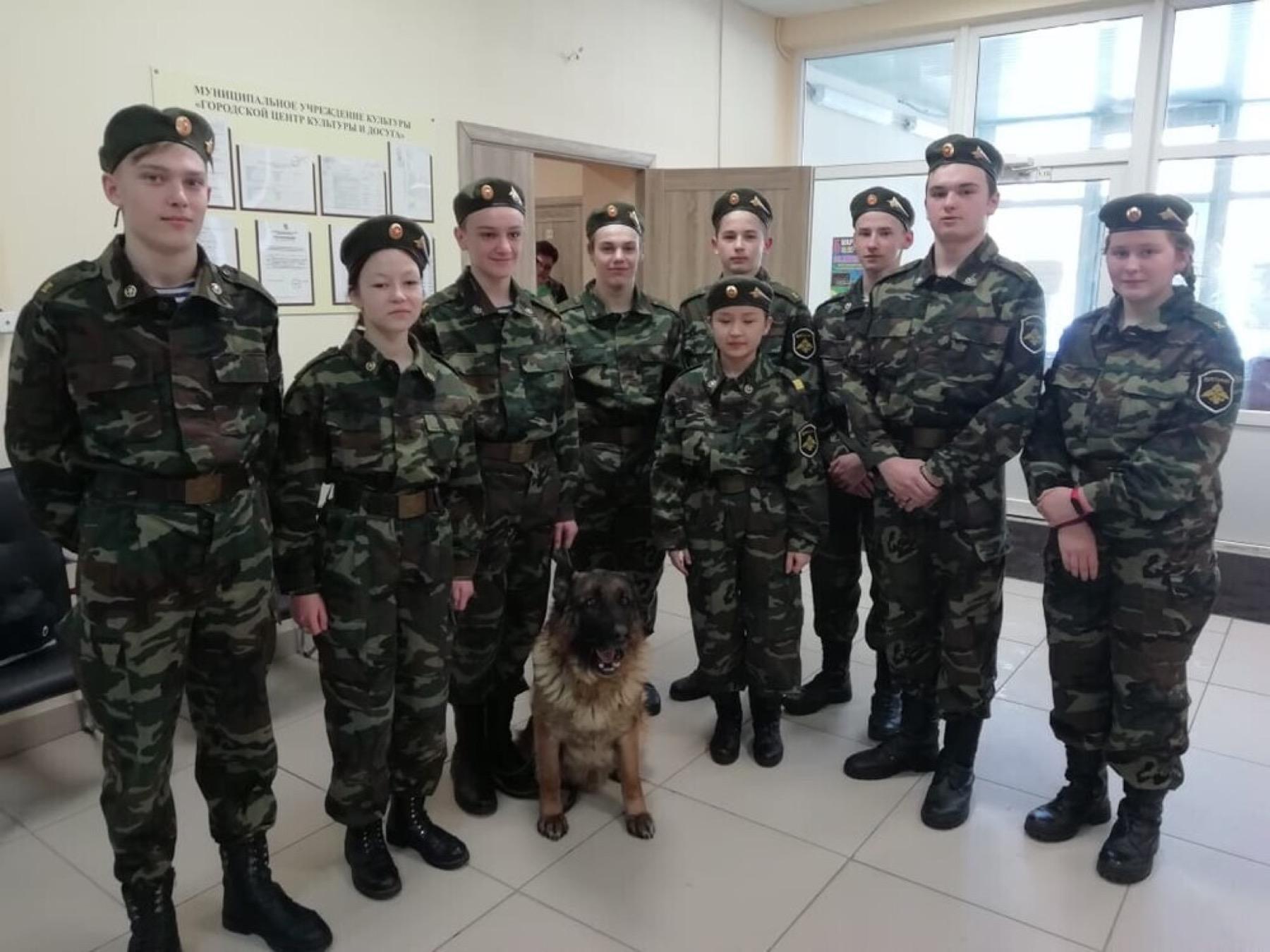 В Озёрах провели «Служу Отечеству» муниципальную военно-спортивную игру «Служу Отечеству»