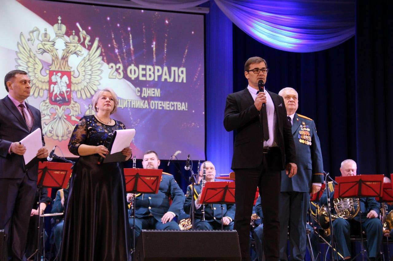 В Озёрах состоялся праздничный концерт в честь Дня Защитника Отечества