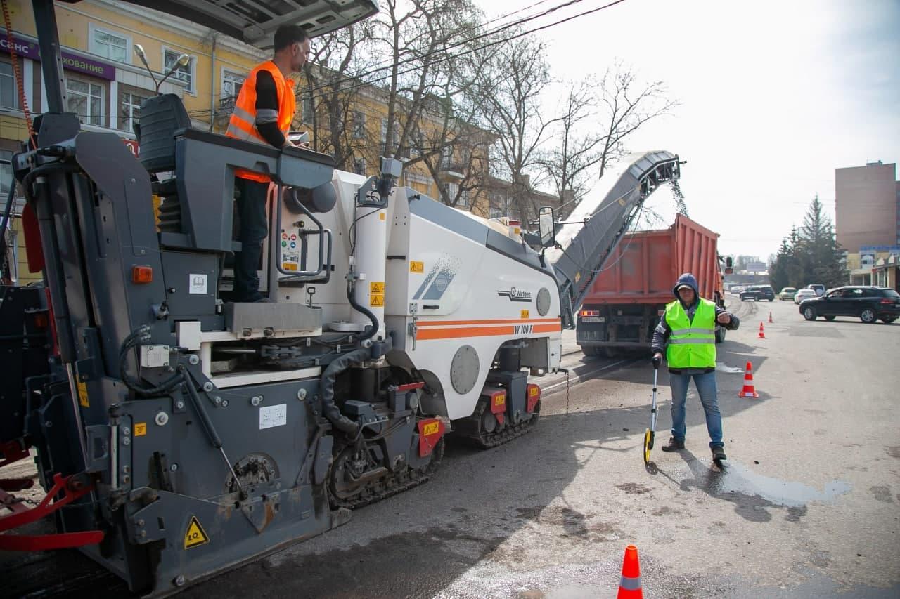 Ремонт муниципальных дорог в Коломне начался почти на месяц раньше запланированного срока
