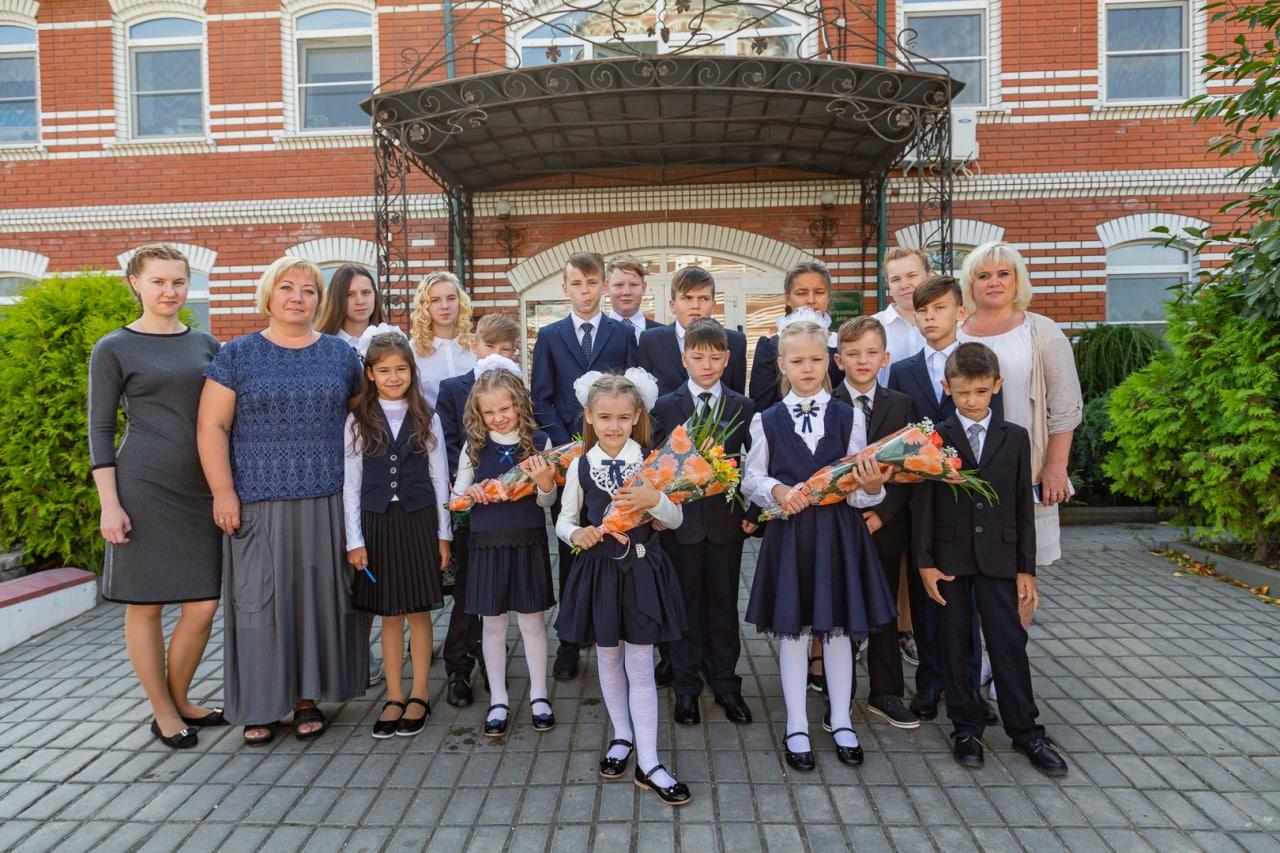 На территории Троицкого храма в Щурове работает новый корпус детского социально-реабилитационного центра