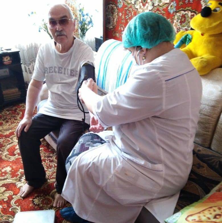 Коломенские медики проводят профилактический осмотр инвалидов и участников Великой Отечественной войны