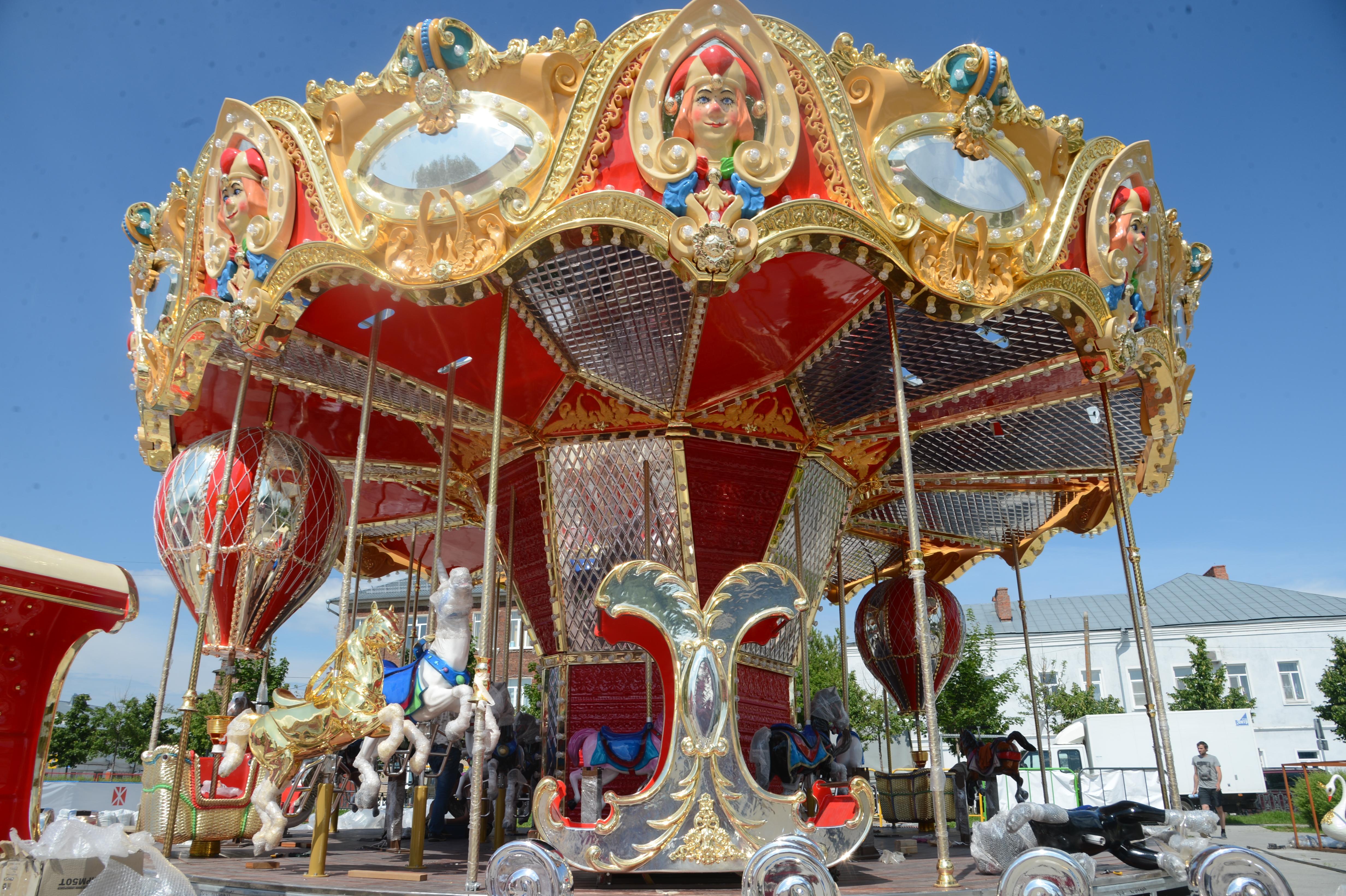 Дизайнерскую карусель в Коломне откроют на День России